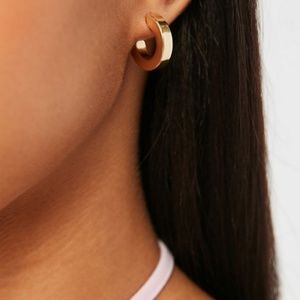 Urban Outfitters Chunky Hoop Earring Round